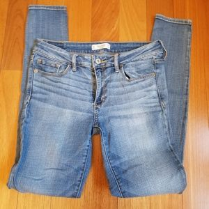 Abercrombie & Fitch Jeans - Abercrombie and Fitch Skinny Jeans 4R
